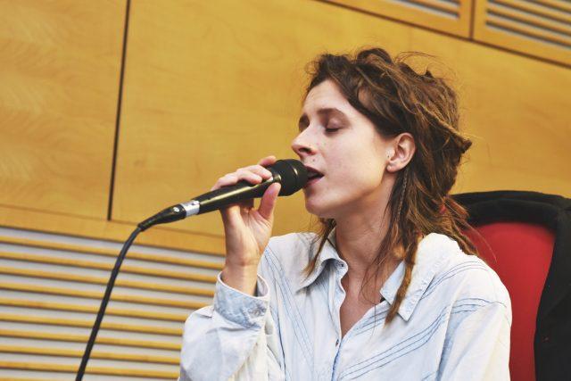 Sisa Féherová v ArtCafé