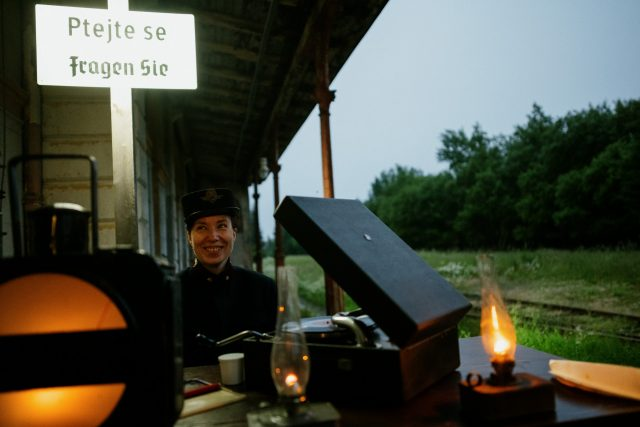 Z performance Moldava – nekonečná stanice | foto: Jan Hromádko,  archiv Veroniky Vaculíkové