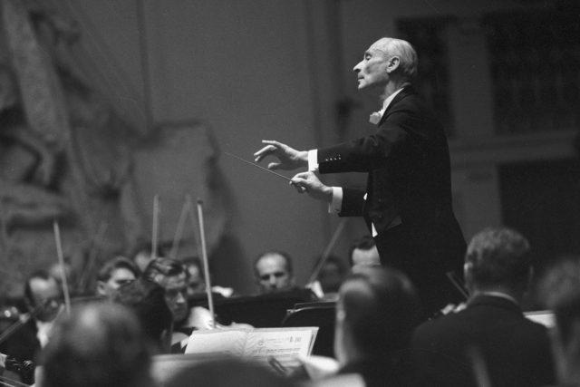 Dirigent Karel Ančerl řídí Českou filharmonii na koncertě festivalu Pražské jaro 1969   foto: Jan Bárta,  ČTK