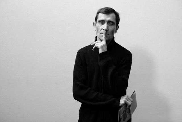 Spisovatel a básník Daniel Hradecký