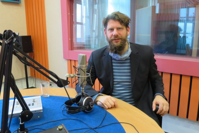 František Zachoval ve studiu Českého rozhlasu Hradec Králové | foto: Milan Baják,  Český rozhlas