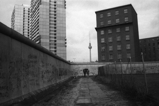 Zeď (Berlín 1987)