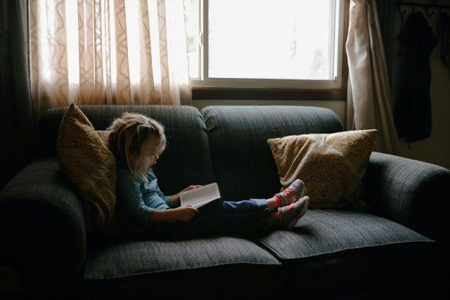dítě, čtení, holčička
