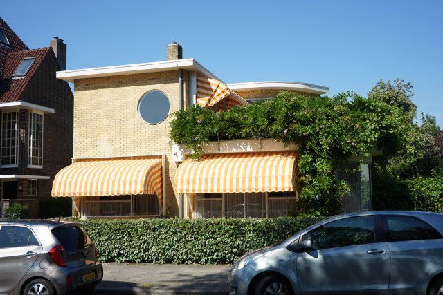 Vlastní dům architekta Sybolda van Ravesteyna v Utrechtu, 1932–1934