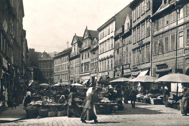 Severní strana Havelské ulice či také Zelného (Zeleného) trhu