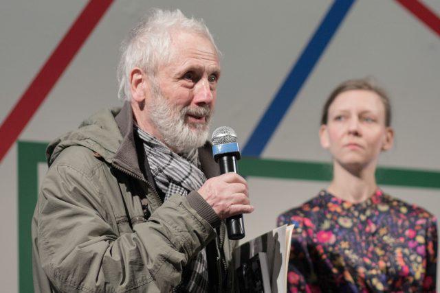 Kurt Gebauer na tiskové konferenci k výstavě