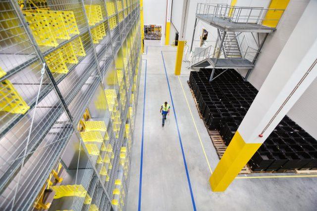 Amazon – distribuční centrum v Dobrovízi