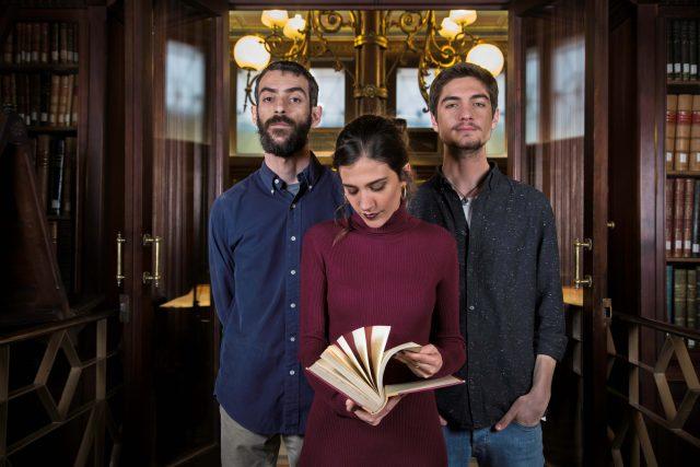 Eva Fernández Trio. Zleva Josep Munar, Eva Fernández a Enric Fuster.